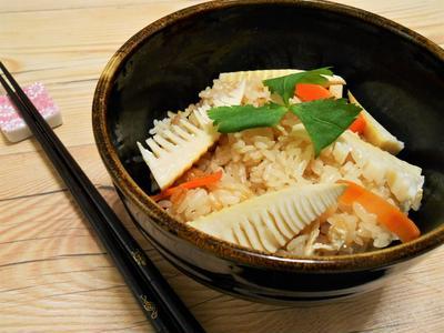 簡単!!筍(たけのこ)の炊き込みご飯の作り方/レシピ