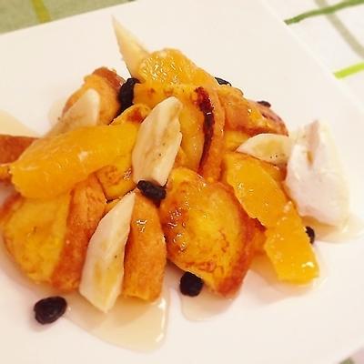 オレンジと人参のフレンチトースト~蜂蜜バナナトッピング~