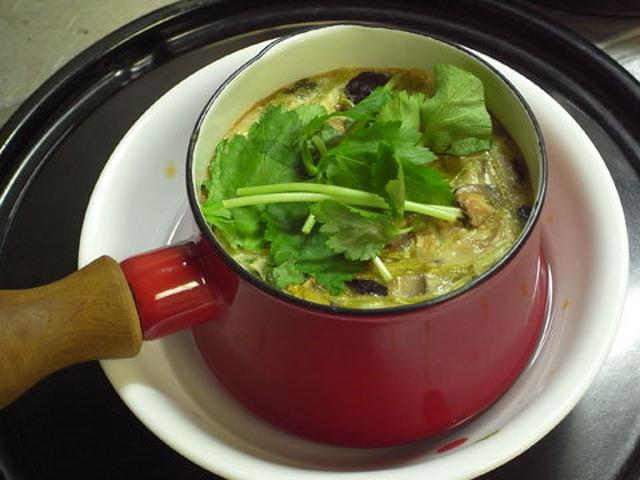 赤いダンスクの鍋で作った特大茶碗蒸し