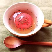 マグカップで丸ごとトマトのスープ