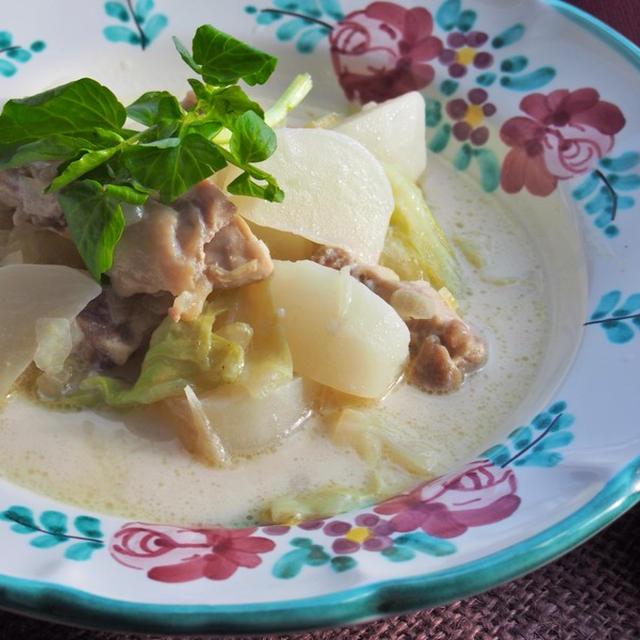 ココナッツオイルで作る、「お野菜たっぷり豆乳スープ」