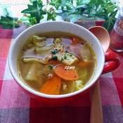 キャベツとジャガイモのスパイシースープ