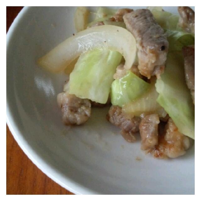 【3行! お弁当のおかずレシピ】塩麹豚の野菜炒め