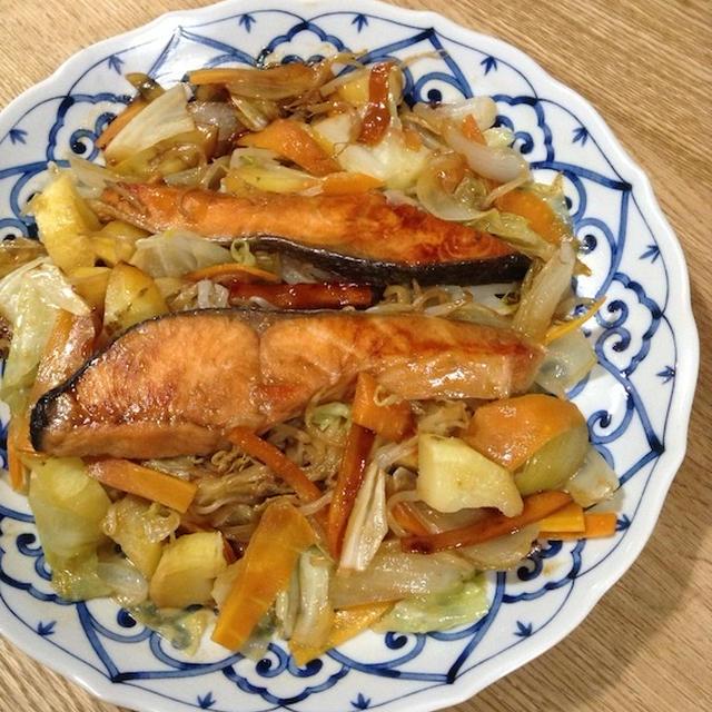 フライパンで簡単に 「鮭のちゃんちゃん焼き」