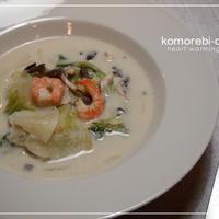 クリスマスディナー☆海老と白菜のチーズスープ