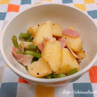 正田醤油「鱈しょっつる」を使って、じゃがいもとベーコンのしょっつる炒め