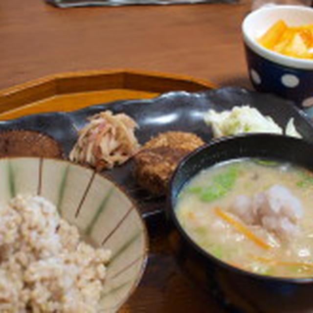 蕪おろしの白みそ仕立てお味噌汁 で朝ごはん
