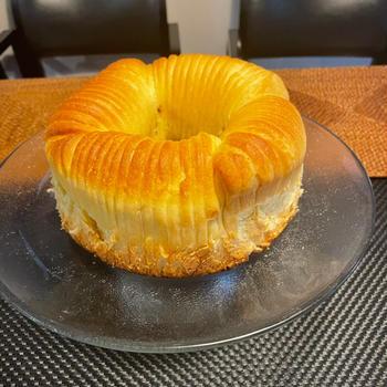 シナモンハチミツりんごのウールロールパン