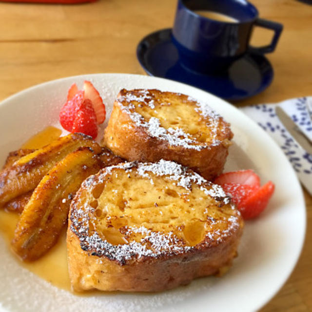 フランスパンのフレンチトースト、キャラメリゼバナナ添え (朝食2015.3.13)