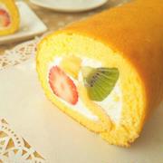 フルーツロールケーキ《基本のお菓子》