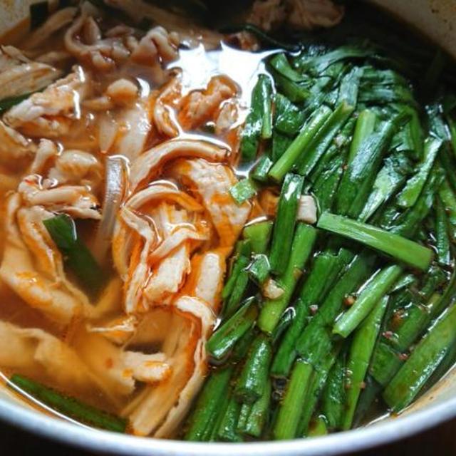 鶏肉ユッケジャンスープの簡単+韓国レシピ。胸肉でヘルシー♪タッケジャン