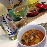 【レシピ】海と畑の具沢山トマトスープ~ガゼラワインと一緒に~
