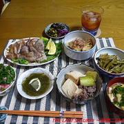 【夕食】豚三枚肉焼き・牛肉豆腐・つわぶき山椒煮…