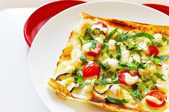 1.  大葉とエビのピザのレシピ
