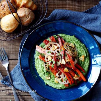 ほうれん草のフムスと根菜焼き温野菜サラダ