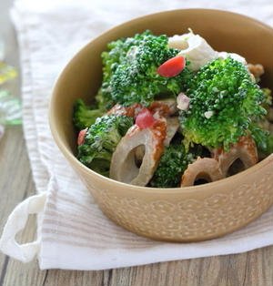 ブロッコリーを選ぶときに見る茎の話/わさびマヨサラダ/ブロッコリー人気レシピ3選