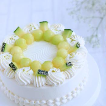 今季初♪メロンのデコレーションケーキ
