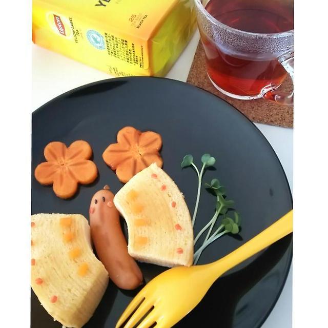☆ひらめき朝食*紅茶とバウムクーヘン☆