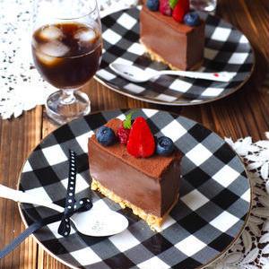 オーブン不要!「チョコとビスケット」で作るバレンタインスイーツ