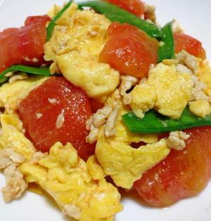 トマトと卵の炒めもの【ひき肉で旨みをプラス】