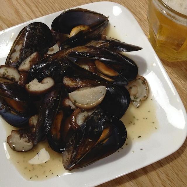 超簡単速攻型おつまみ 「ムール貝の酒蒸し」