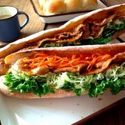 パンに「豚肉」を挟んでみて♪男子が喜ぶガッツリポークサンド