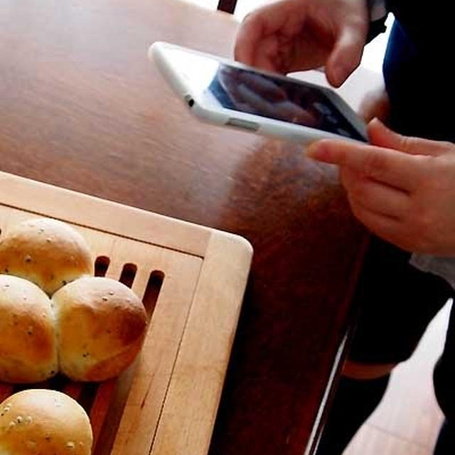 お友達とパン作り&箱入り娘・・にゃ♪