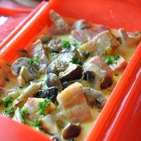 厚切りベーコンときのこのクリーム煮 サフラン風味