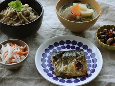 >作り置きでスピード献立!鶏とゴボウの混ぜご飯な日 by 山本リコピンさん