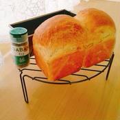 タイムのミニ食パン