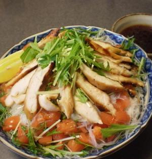 鶏むね肉の照り焼き春雨和風サラダ