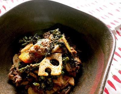 牛肉とエゴマの実のオイスター黒胡椒炒め