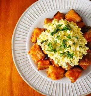 やわらか鮭の甘酢タルタル♪簡単おいしい秋の味覚レシピ