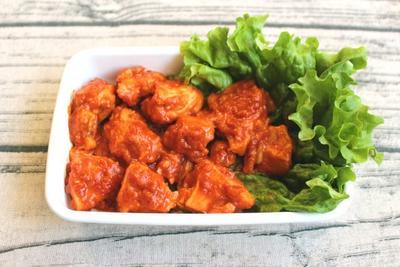 鶏ムネ肉でエビチリ味。レンジで簡単。鶏のチリソース