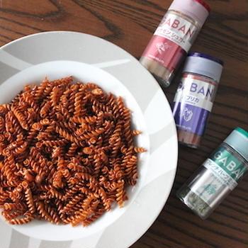 材料3つ♪ポテチがなければカリカリパスタを食べよう!