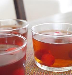 朝のデザートに☆紅茶とさくらんぼのゼリー