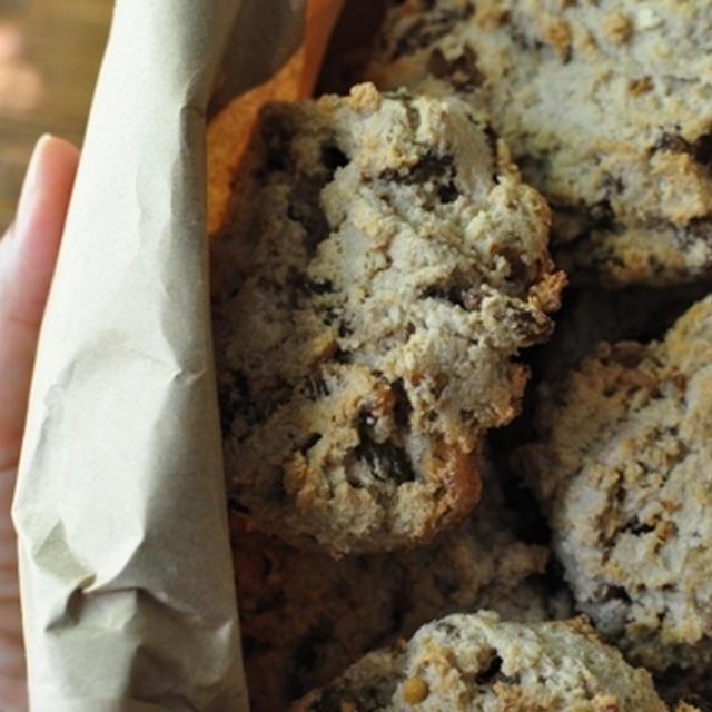 おからと豆乳のスパイスレーズンナッツクッキー