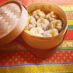 餃子の皮で作る♪スープが美味しいアツアツ「小籠包」