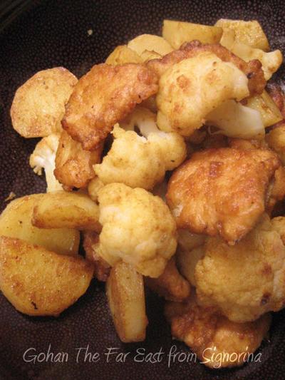 鶏もも肉とカリフラワーのカレー炒め