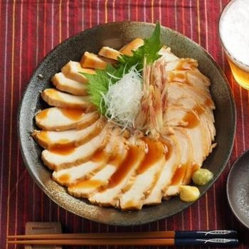 メシ通!鶏むね肉の鴨ロース風 、 炊飯器で驚くほど柔らかに!