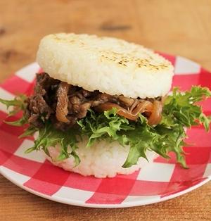 100均グッズで簡単♪お弁当におすすめな焼肉ライスバーガー