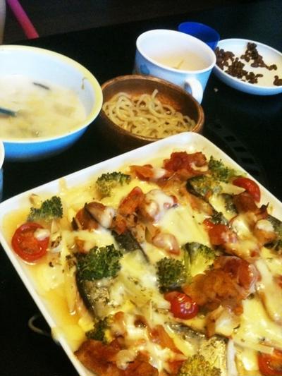 昨日はオーブンで簡単晩ご飯~&今日は夜も外食♪