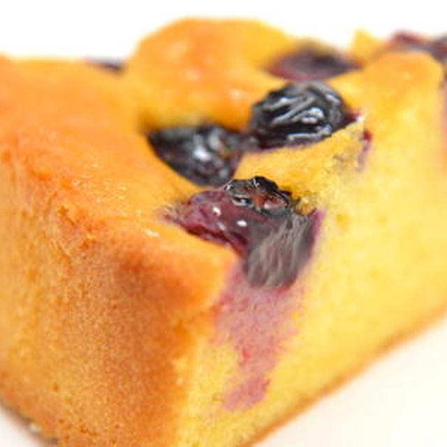ブルーベリーのアーモンドケーキ