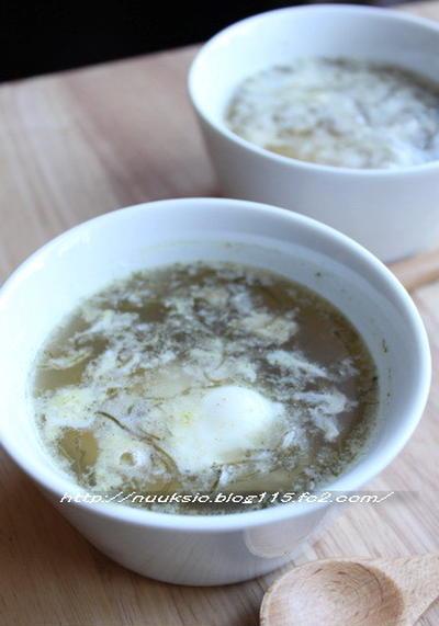 レンジで出来る!めかぶと卵の温かスープ by hannoahさん