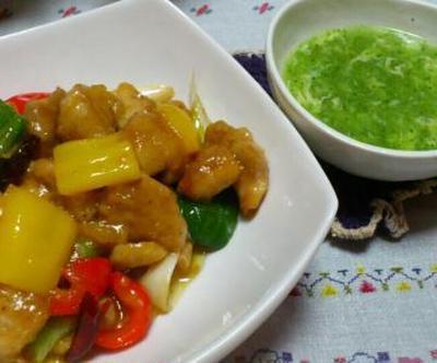 鶏肉の唐辛子炒めとブロッコリーの中華スープ