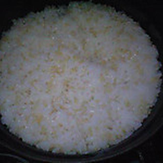 湯立てで白米(943)。。。北海道石狩平野砂川産特別栽培米ゆめぴりか・白米(あいざわ米店)と茨城県産うまかっぺコシヒカリ玄米・新米(あいざわ米店)