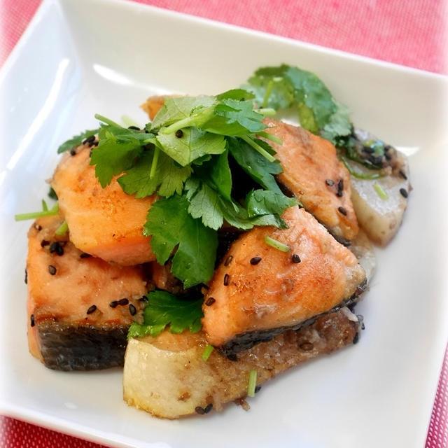 鮭と長芋のごま塩炒め
