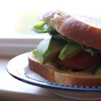 10分で完成お弁当☆栄養満点サラダとサンドイッチ