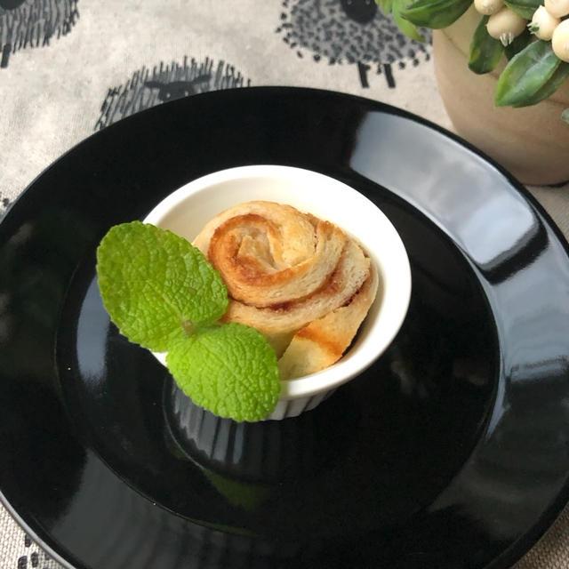 10分で完成【卵なし】食パンでつくる『シナモンロール風』