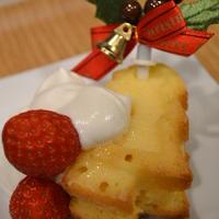 クリスマスケーキはWクリームツリーケーキ♪